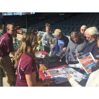 Otters Kick off Season with Fan Fest