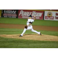 Somerset Patriots Re-Sign Starting Pitcher Will Oliver
