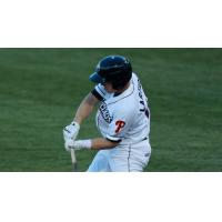 Two Claws Homers Not Enough; Tourists Top Claws 8-5
