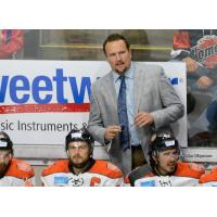 Gary Graham Inks Return as Komet Head Coach