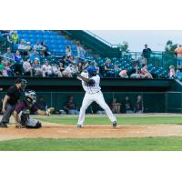 Canaries Walk-Off to Beat AirHogs