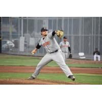 Stompers to Play One-Game Playoff in Sonoma After Defeating Pittsburg 5-4, Setting League Record for Wins