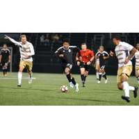 Rhinos Draw 1st-Place Louisville City FC