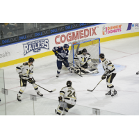 Gardiner's Hat Trick Helps Nailers Ground Railers