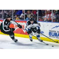 Idaho Steelheads Forward Steven McParland vs. the Utah Grizzlies