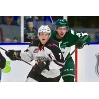Ty Ronning of the Vancouver Giants vs. the Everett Silvertips