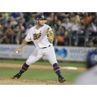 RHP Nate Roe with the New Britain Bees
