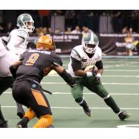 Arizona Rattlers zero in on a Green Bay Blizzard ballcarrier