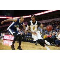 Halifax Hurricanes try to cut off the London Lightning in Game 5