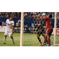 San Jose Earthquakes goalkeeper Andrew Tarbell makes one of his seven saves vs. Vancouver Whitecaps FC
