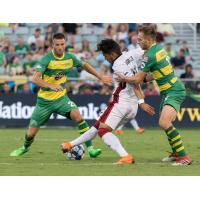 Tampa Bay Rowdies harrass Atlanta United 2