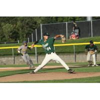 Medford Rogues pitcher Tanner Simpson