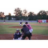 Texarkana Twins vs. the Texas Marshals