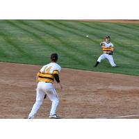 Infield play for the Willmar Stingers