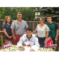 Eric Alarie signs with the Moose Jaw Warriors