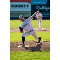 Wisconsin Woodchucks pitcher Lenny Gwizdala