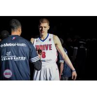 Henry Ellenson with the Grand Rapids Drive