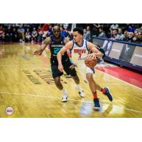 Reggie Hearn of the Grand Rapids Drive vs. the Greensboro Swarm