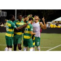 Tampa Bay Rowdies celebrate a goal vs. the Richmond Kickers