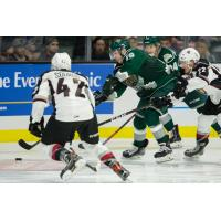 Jared Dmytriw of the Vancouver Giants against the Everett Silvertips