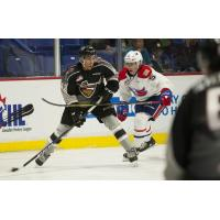 Vancouver Giants forward Justin Sourdif