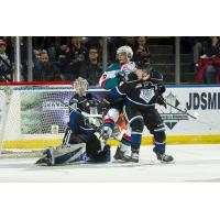 Kelowna Rockets battle the Victoria Royals
