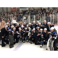 Minnesota Whitecaps celebrate an Isobel Cup win