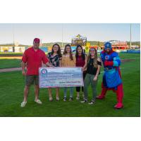 Spokane Indians and Banner Bank Team up to Help Local Students