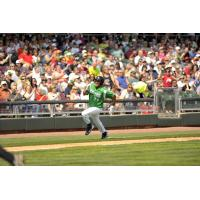 Donald Lutz heads for home while with the Dayton Dragons