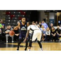 Halifax Hurricanes guard Cliff Clinkscales vs. the Moncton Magic