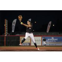 Chicago Bandits pitcher Danielle O'Toole on the mound