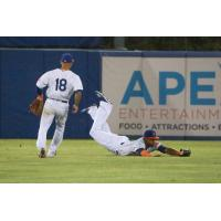 Aaron Altherr makes a game-ending diving catch in the top of the ninth inning to secure a 3-2 victory for the Syracuse Mets on Thursday night
