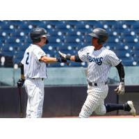 Diego Castillo (left) and Oswaldo Cabrera of the Tampa Tarpons