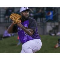 Lincoln Saltdogs pitcher Shairon Martis