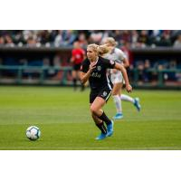 Reign FC midfielder Allie Long