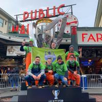 Pike Place Market fishmongers support Seattle Sounders FC