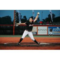 Chicago Bandits pitcher Haylie Wagner