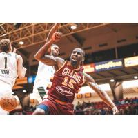 Sir'Dominic Pointer of the Canton Charge vs. the Wisconsin Herd