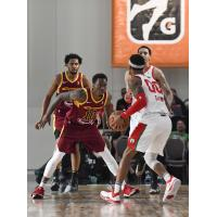 Canton Charge guard Sheldon Mac (10) vs. the Maine Red Claws