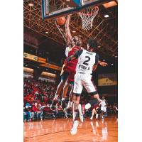 Canton Charge battle Raptors 905