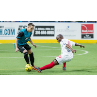 Leo Gibson of the Kansas City Comets (right) vs. the St. Louis Ambush