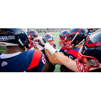 Montreal Alouettes huddle