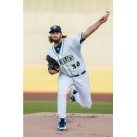 David Peterson pitching for the Columbia Fireflies