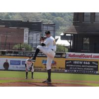 Justin Topa pitching for the West Virginia Power