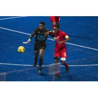 St. Louis Ambush battle the Kansas City Comets